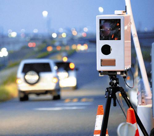 移動式オービス効果大!!あの愛知県ですら生活道路に設置すると平均速度が時速50km→30kmにwwwww
