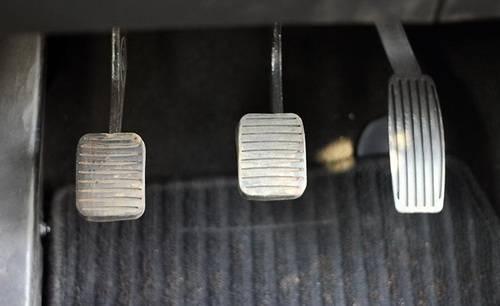 car-clutch-pedal-500x500