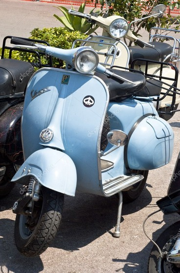 depositphotos_10759188-stock-photo-old-vespa-scooter