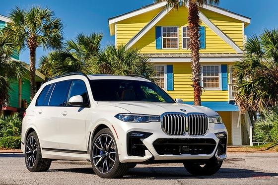 BMW新型3列シートSUV「X7」がかっこよすぎるwwwwww