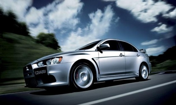 2014-Mitsubishi-Lancer-Evolution-GSR-photos