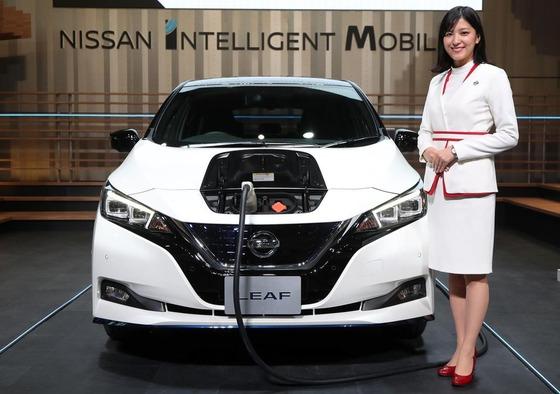日産が電気自動車リーフの高性能モデル「e+」を発売へ 航続距離が4割増 お値段416万円から