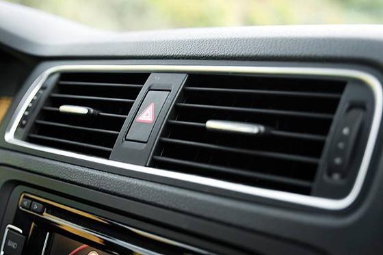 日本人は車の空調システムを知らなすぎwww