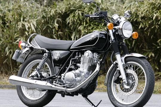 01-yamaha-sr400