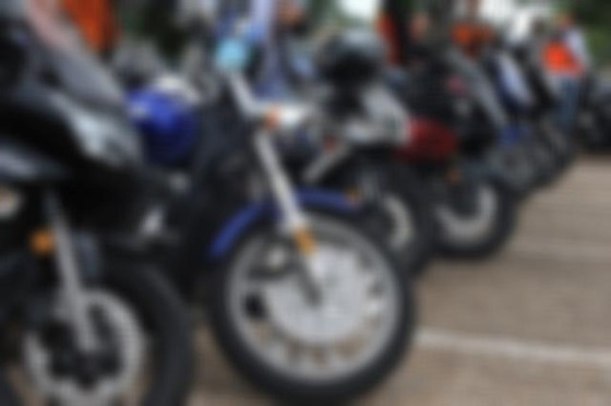 motorcycles-654411_640