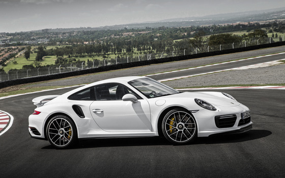 Porsche_911_Turbo_S_490087_3840x2400