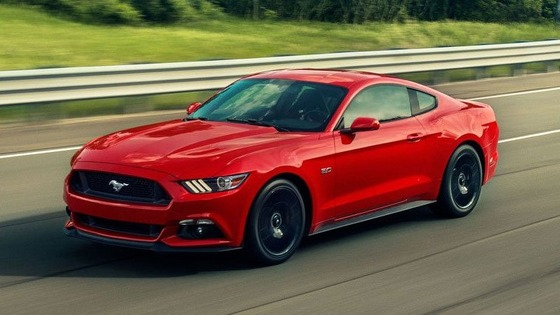 2017-Ford-Mustang-01