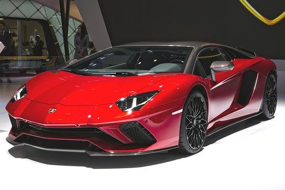 1200px-Lamborghini_Aventador_Genf_2018