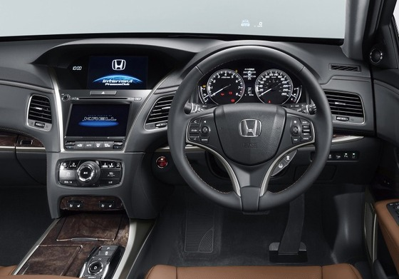 2015_honda_legend_overseas_06-1110-mc-960x489
