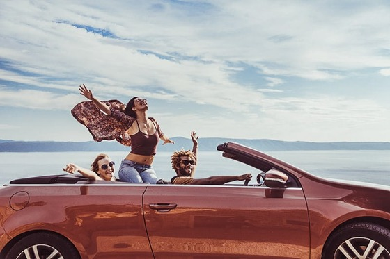 Should-I-Buy-A-Convertible-Car-Here-Are-The-Pros-Cons_