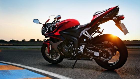 Honda-CBR-2011-motorcycle_1920x1080