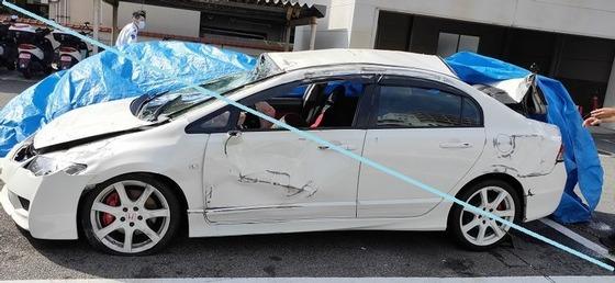 【胸糞注意】19歳少年、女友達に自分の運転技術を見せたく速度制限110km超過で走行し大事故を起こす
