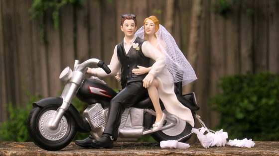 Motorcycle-Biker-Wedding-Cake-Topper