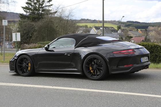 Porsche-911-Speedster-008-20180426132039