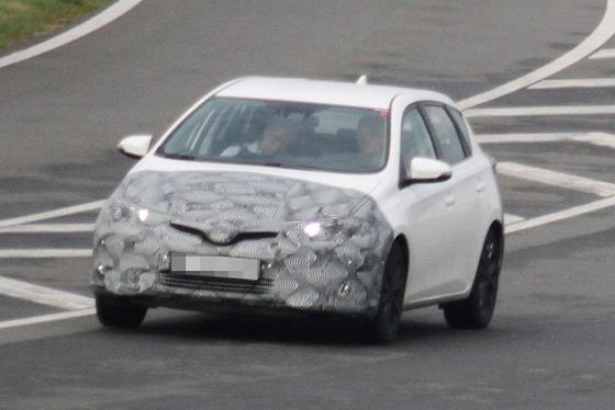 Toyota-Auris-Facelift-001-618x413