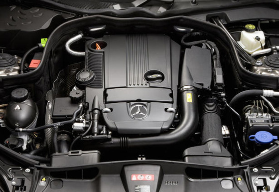 2010-Mercedes-E-Class-Coupe-engines-3