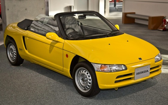 1991-Honda-Beat-front-side-view-1024x640