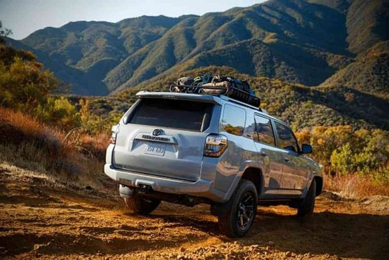 Toyota-4Runner-Towing-Capacity-_-Campers-Boats-Trailers-1024x683