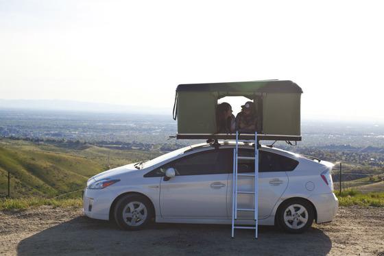 Black-Fin-Camper-Box-Prius-Camp