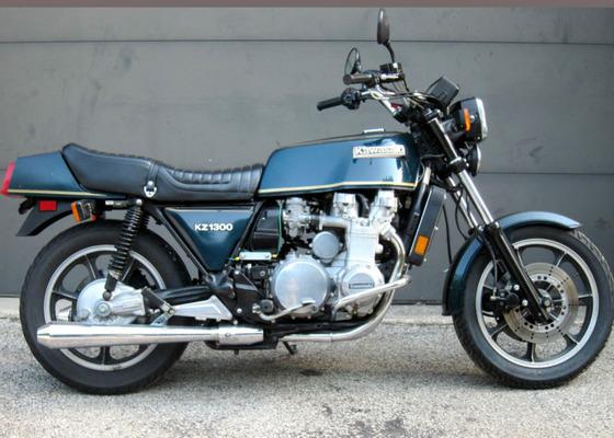 1979-Kawasaki-KZ1300-R-Side