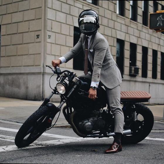 c7660bc2d51b17b4b463b4fa26cbd288--stylish-men-moto-style