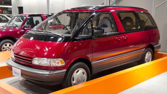 1990_Toyota_Estima_01