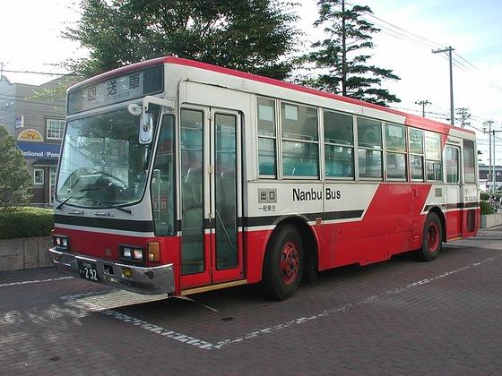 800px-NanbuBus_P-LV314K,No.292