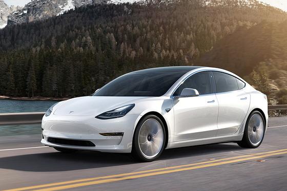 【朗報】フォルクスワーゲンさん、大手自動車メーカーのEVの中でデザインが一番カッコよくなるwwwwwwww