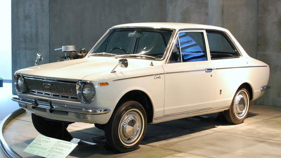 1966_Toyota_Corolla_01