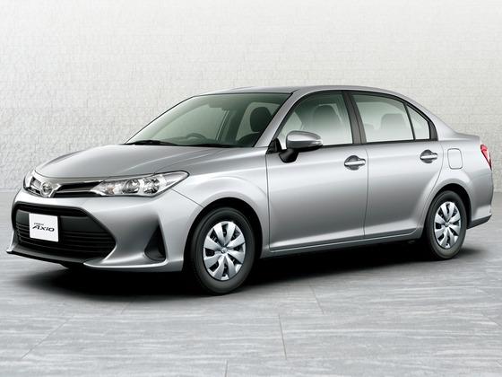 カローラのAXIO(アクシオ)って車を20万円値引きしてもらって100万円で買っちゃいました^^