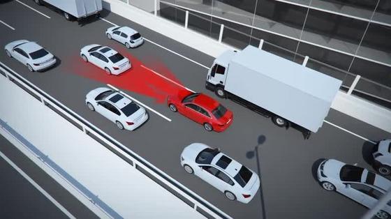 Audi-A4_Stauassistent_720p_H264_EN_thumb_6