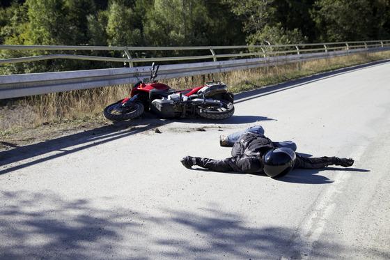 Auto-magazin_bezbednost-motociklista-1