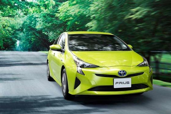 今の車業界「低燃費!エコカー減税!ハイブリッド!軽量化!」