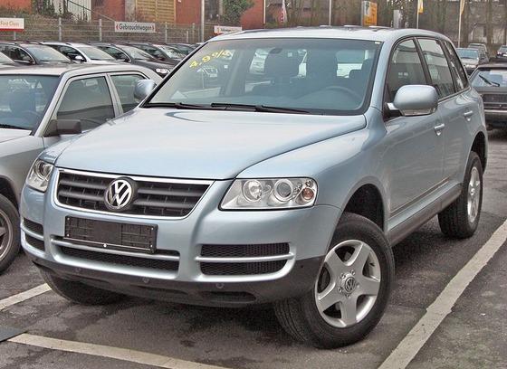 800px-VW_Touareg_20090228_front
