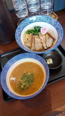 9八麺六飛(池袋)780円