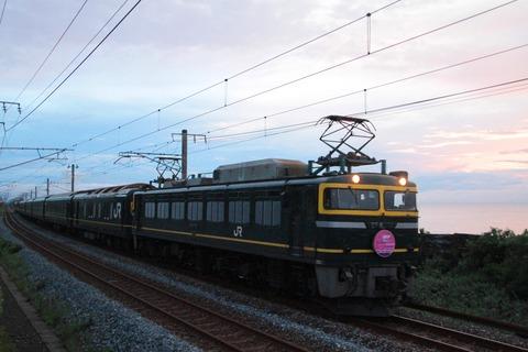EF81 114 トワイライトEXP