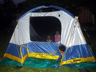 裏庭でキャンプ♪