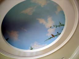 天井には・・・・