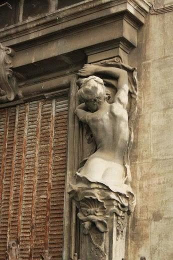 statua colonna