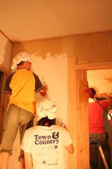 壁塗り姉弟