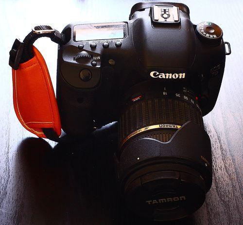 握るカメラぐりっ0プ (3)