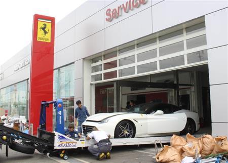 台風21号でイタリアの高級車フェラーリが51台全損…被害十数億円 神戸の正規販売店