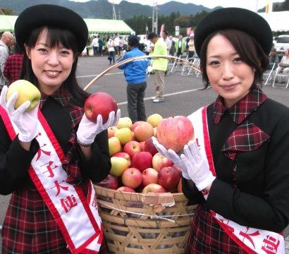 りんご祭り3