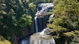 袋田の滝 4.21 �
