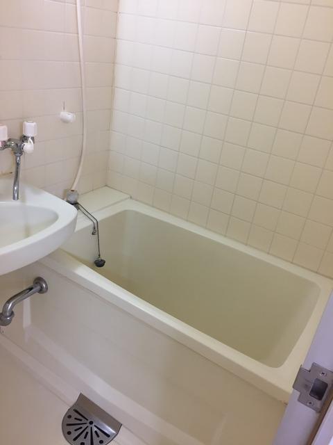カーサ神宮前106_浴室