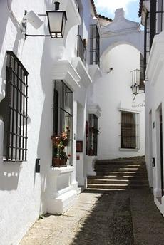 南欧の白い壁の家(6)