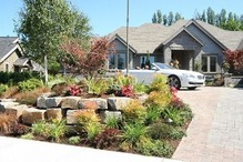 アメリカ住宅の庭先(6)