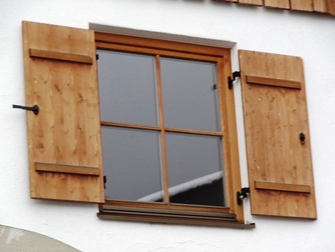 北欧住宅の窓辺 (9)