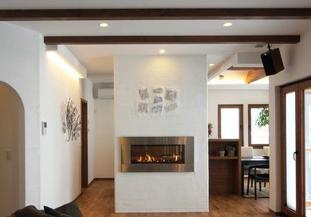 ガス暖炉のある平屋の家(3)