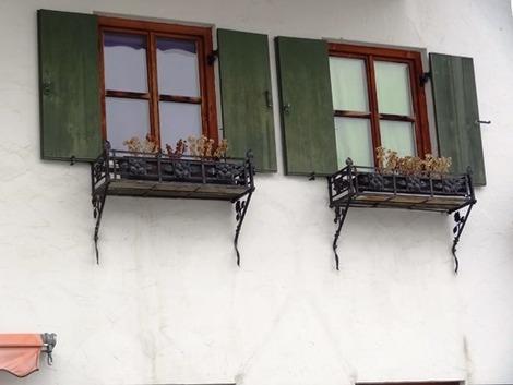 北欧住宅の窓辺 (2)